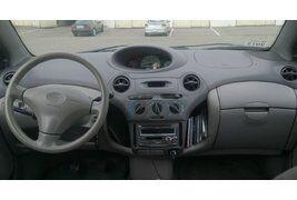 Toyota Echo (2002)