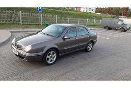 Lancia Lybra (2001)