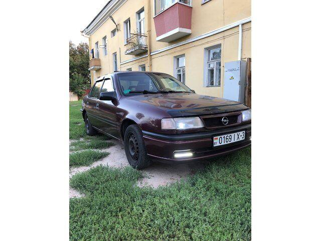 Opel Vectra (1992)