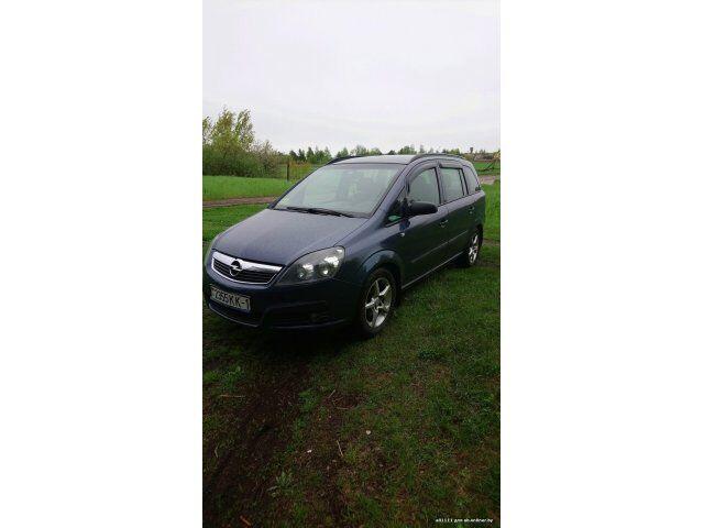 Opel Zafira (2006)