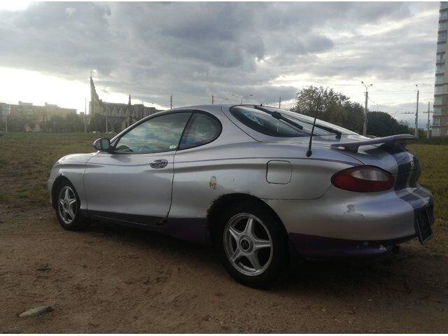 Hyundai Tiburon (1999)