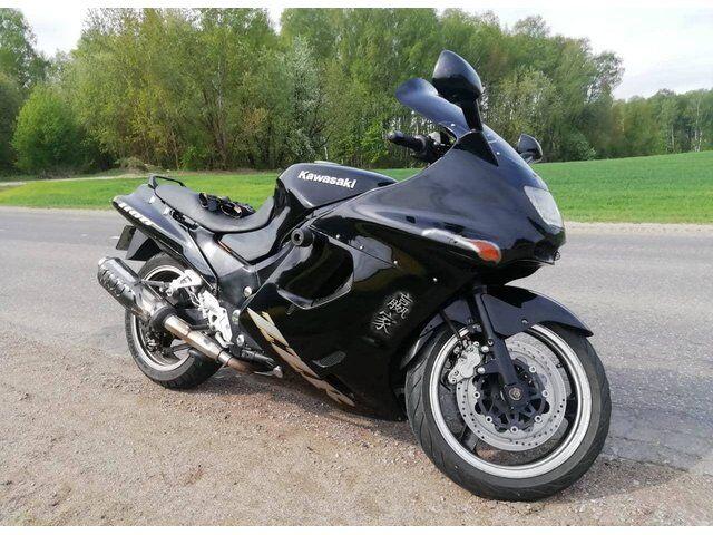 Kawasaki ZZR (1997)