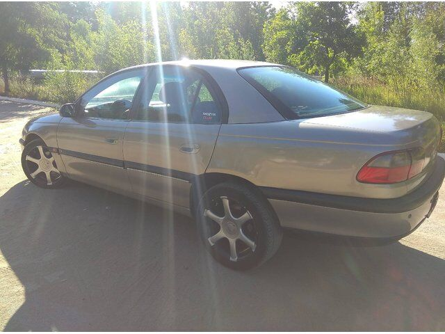 Opel Omega (1998)