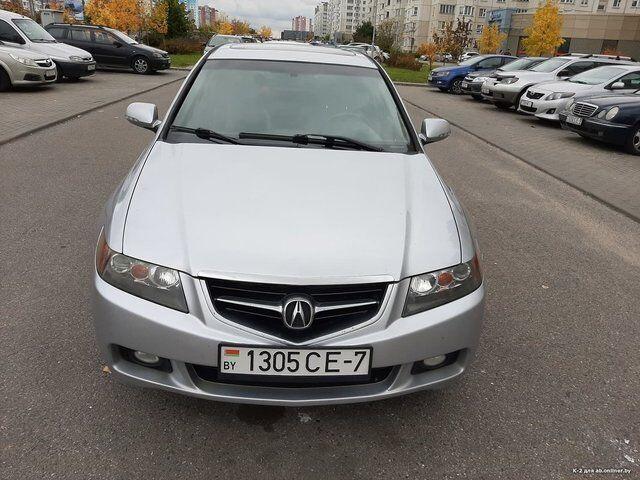 Acura TSX (2004)