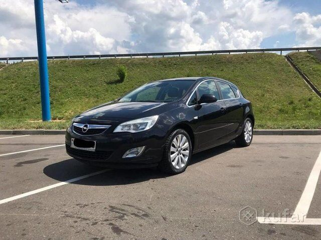 Opel Astra J (2010)