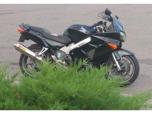 Honda VFR (2001)