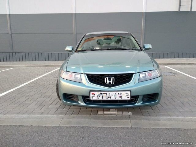 Honda Accord (2003)