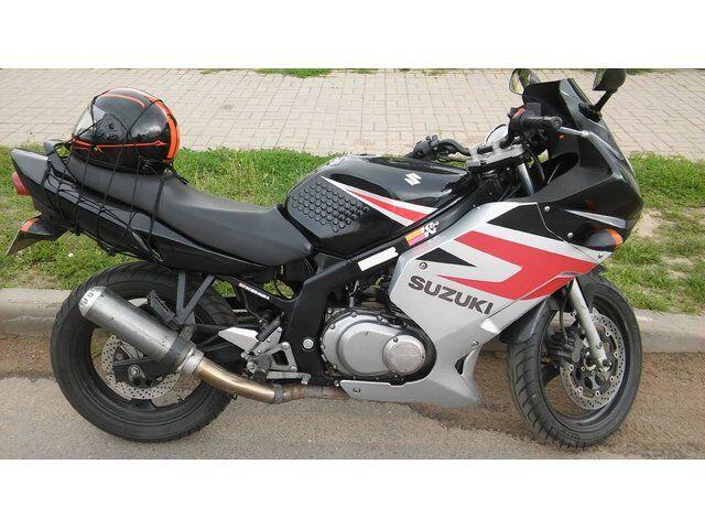 Suzuki GS (2005)