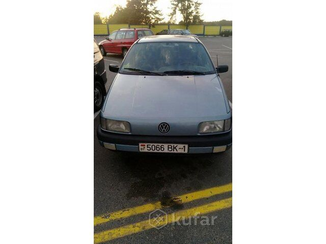 Volkswagen Passat B3 (1990)