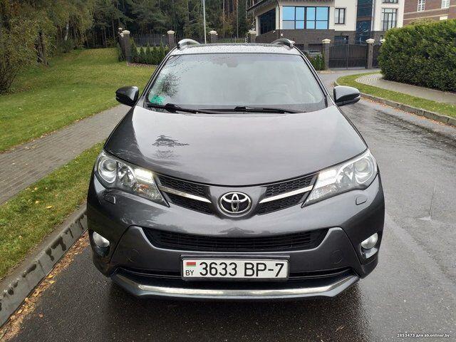 Toyota RAV4 (2014)