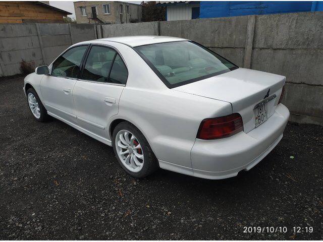 Mitsubishi Galant (2001)
