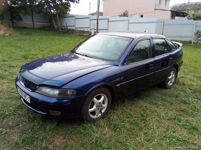 Opel Vectra (1997)