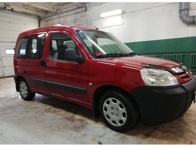 Peugeot Partner (2010)