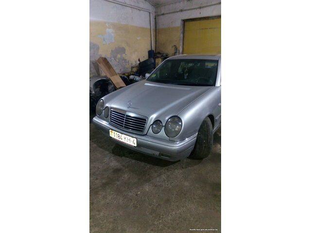 Mercedes E-Class (1997)
