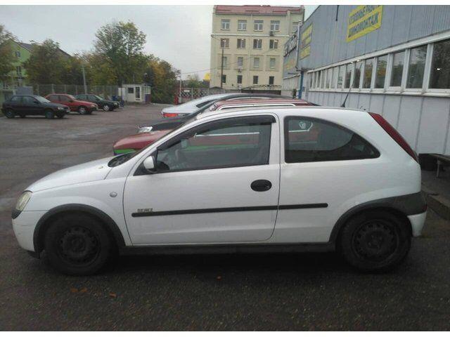 Opel Corsa (2000)