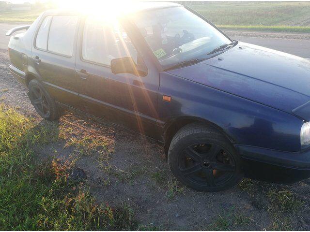 Volkswagen Vento (1993)