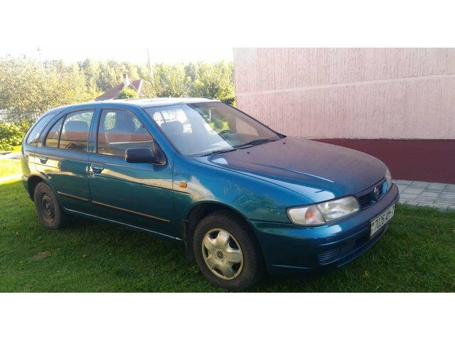 Nissan Almera (1996)
