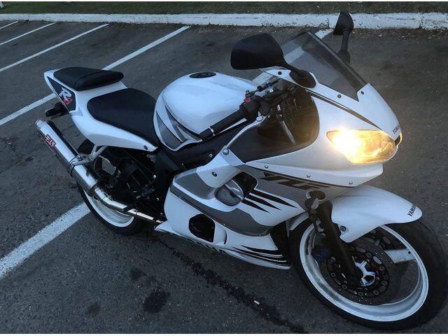 Yamaha YZF (2002)