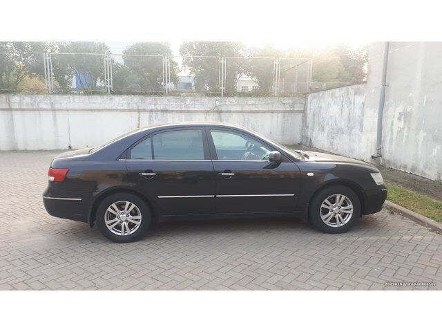 Hyundai Sonata (2009)