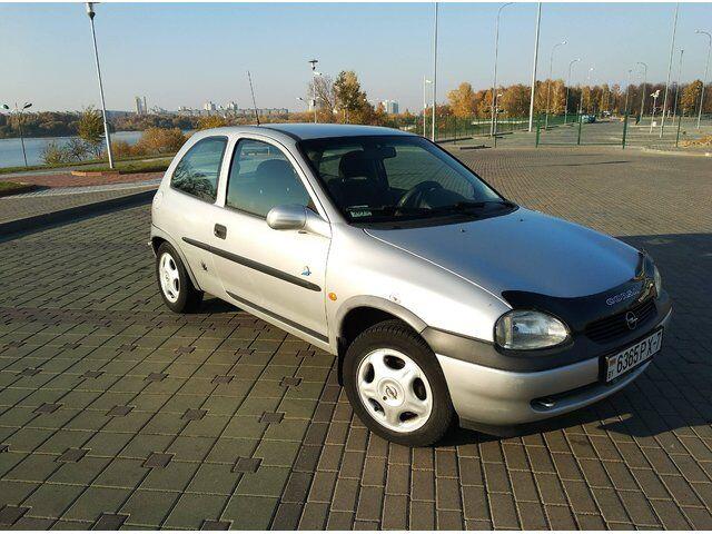 Opel Corsa (1998)