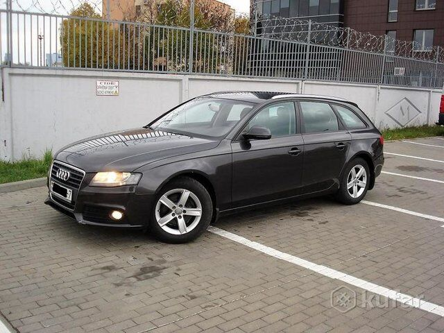 Audi A4 (B8) (2009)