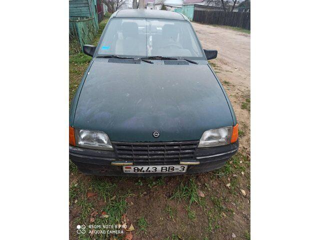 Opel Kadett (1986)