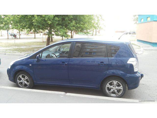 Toyota Corolla Verso (2006)