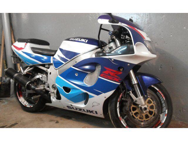 Suzuki GSX-R (1996)