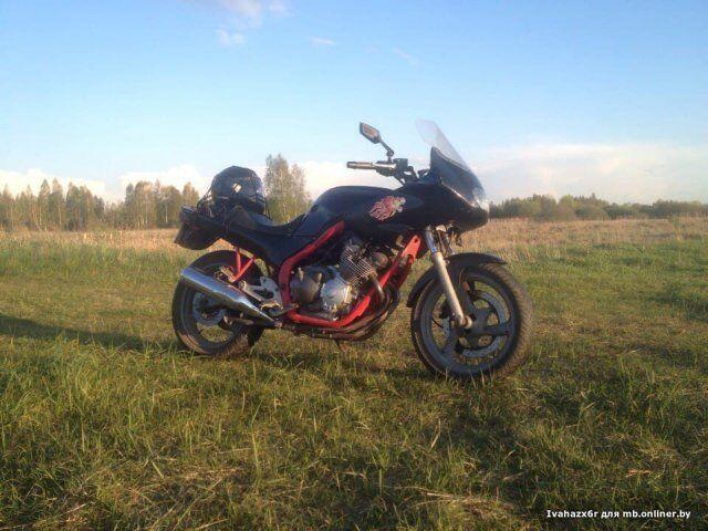 Yamaha XJ (1995)
