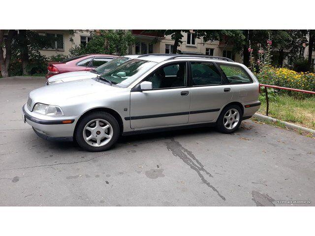 Volvo V40 (1999)