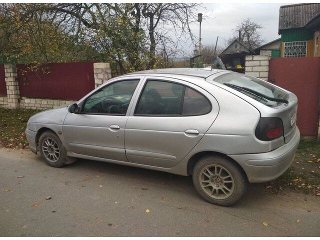 Renault Megane (1996)