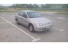 Hyundai Accent (1999)