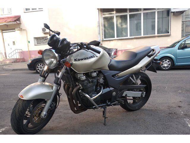 Kawasaki ZR (2001)