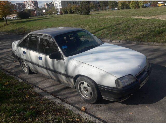 Opel Omega (1987)