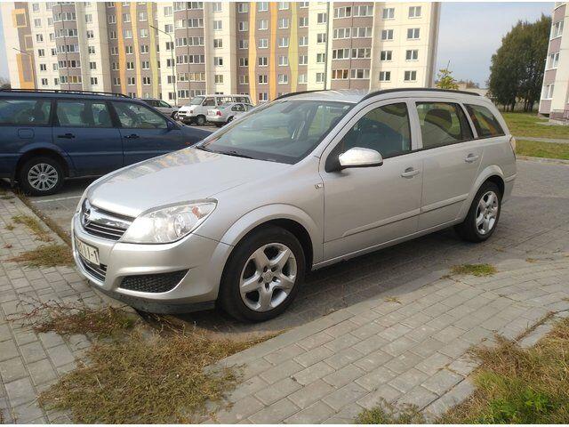 Opel Astra (2008)