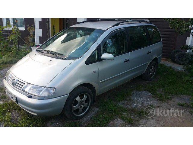 Volkswagen Sharan (2000)