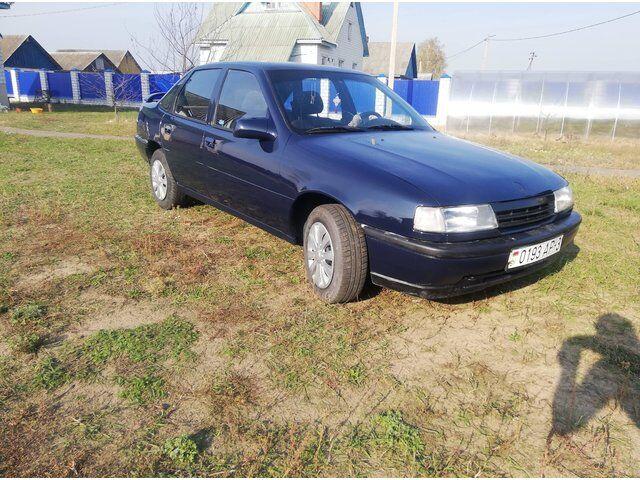 Opel Vectra (1990)