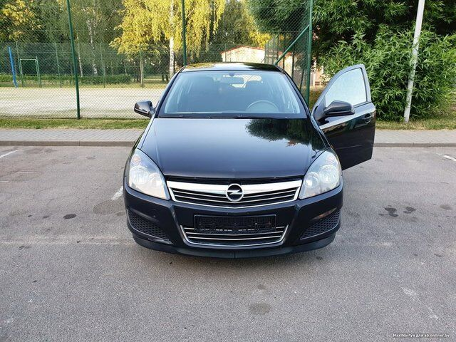 Opel Astra H (2010)