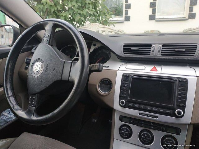 Volkswagen Passat B6 (2006)