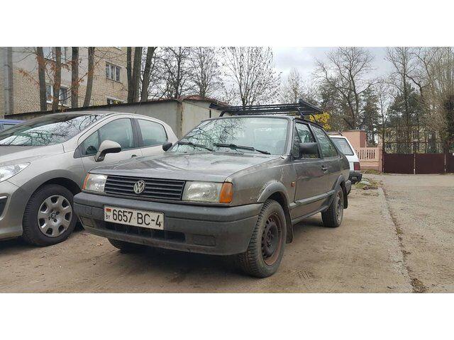 Volkswagen Polo (1990)