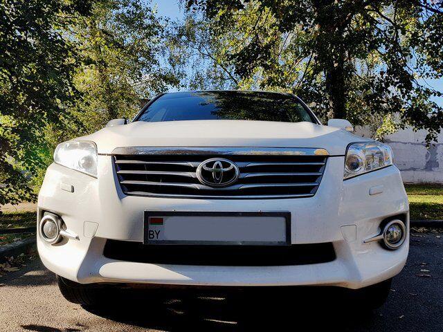 Toyota RAV4 (2012)