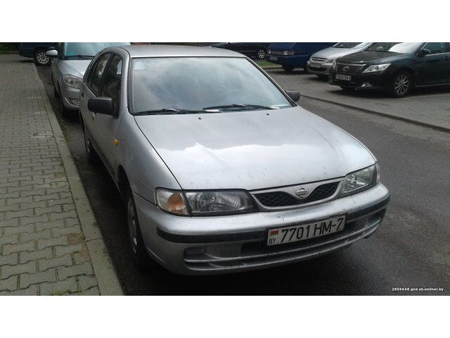 Nissan Almera (1999)