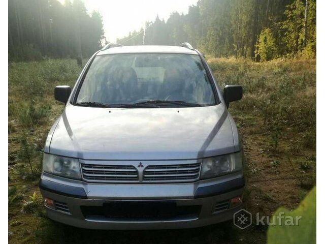 Mitsubishi Space Wagon (2001)