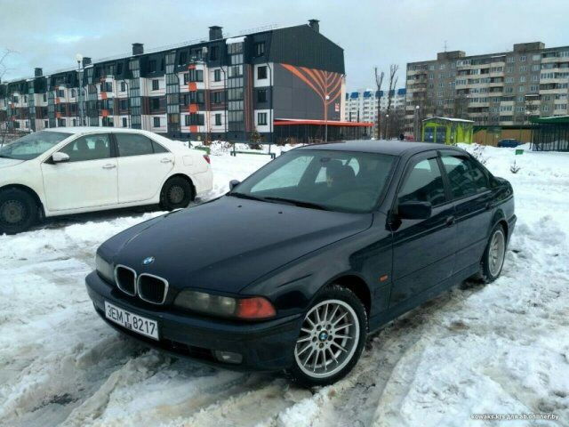 BMW 525 (1998)