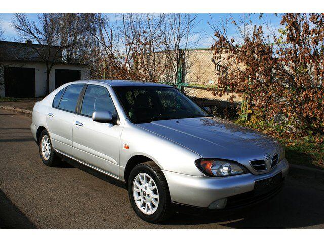 Nissan Primera (2000)