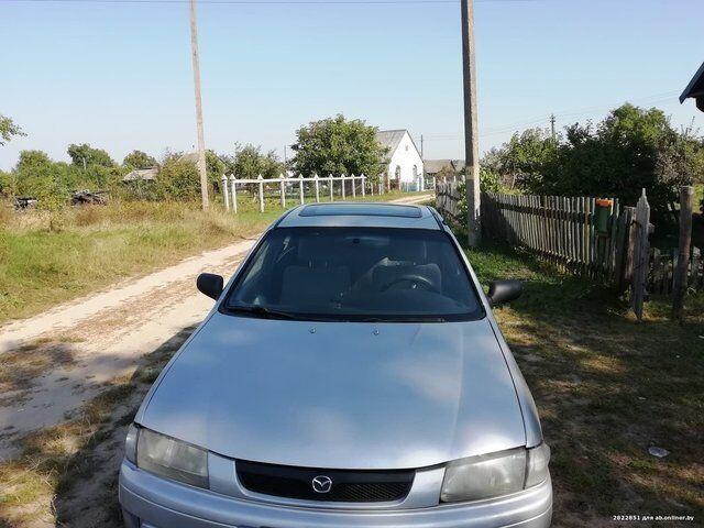 Mazda 323 (1996)