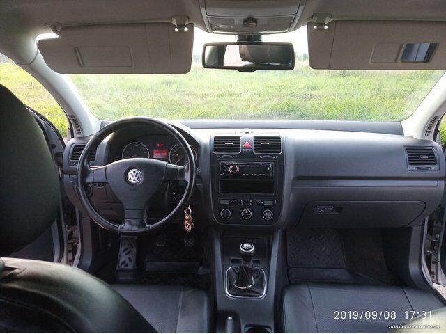 Volkswagen Golf (2005)