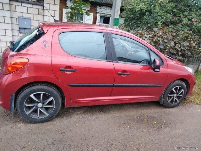 Peugeot 207 (2008)