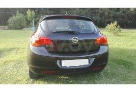 Opel Astra J (2011)