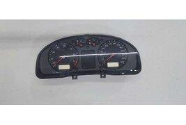 Щиток приборов (приборная панель) к Volkswagen Passat 1999
